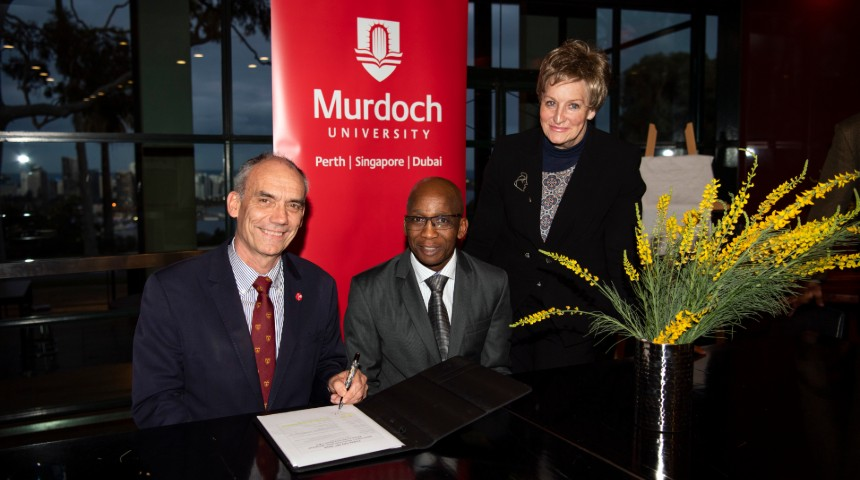 Professor David Morrison, Dr Shadrack Moephuli and WA Agriculture Minister Alannah MacTiernan at the signing of the commercial agreement between Murdoch University and the South African Agricultural Research Council