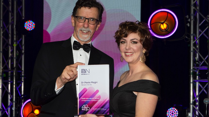 Dr Paola Magni receives 40under40 award at ceremony