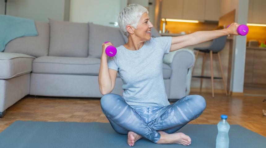 senior lady doing exercise