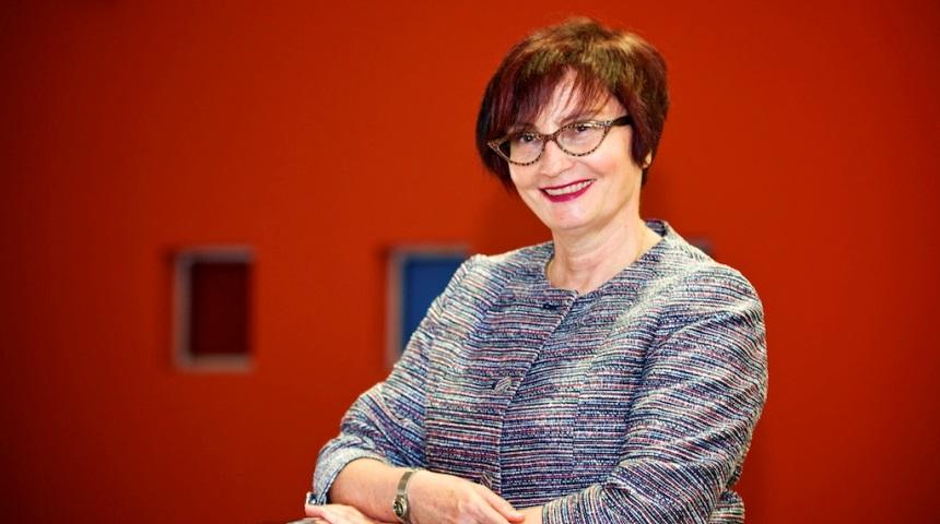 Professor Rikki Kersten